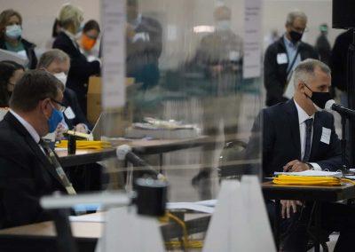 e112020_voterecountday01_1725
