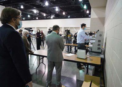 f112020_voterecountday01_1162