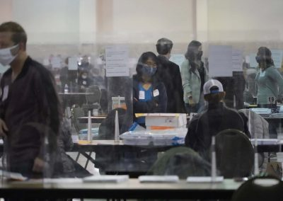 g112020_voterecountday01_1538