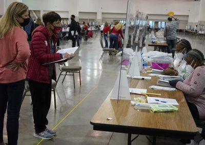h112020_voterecountday01_2557