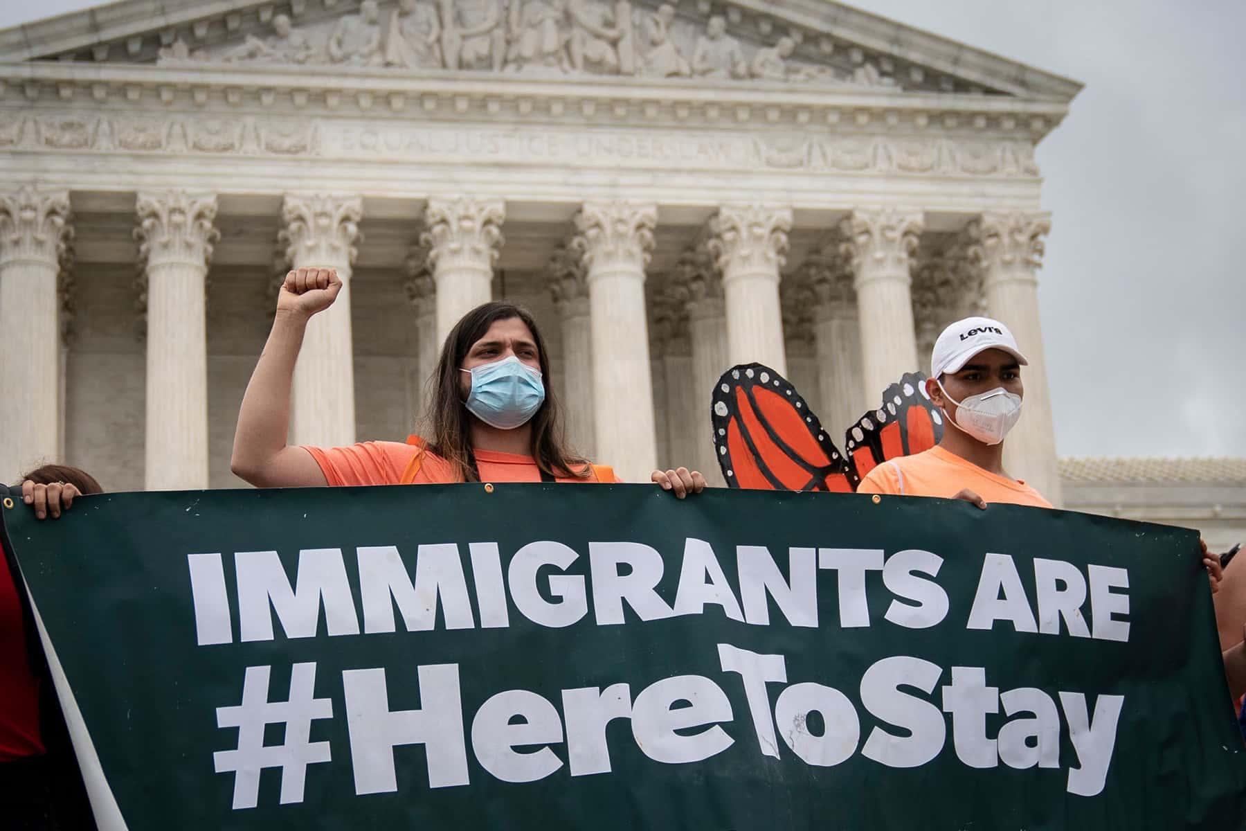 Judge orders Trump to restore undocumented immigrants scheme
