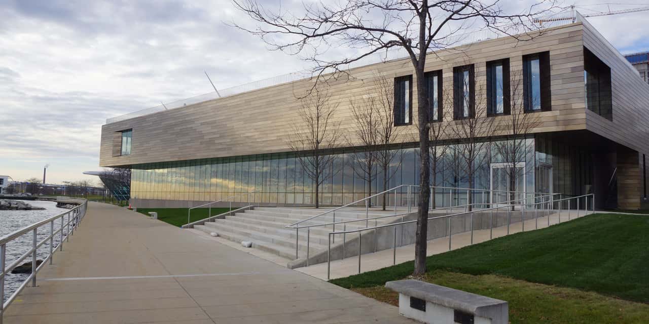 Reimagined Milwaukee Art Museum Opens