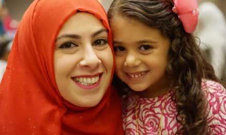 Muslim holiday celebration packs Wisconsin Center