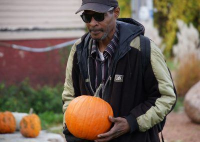102916_pumpkinsnorth_0375