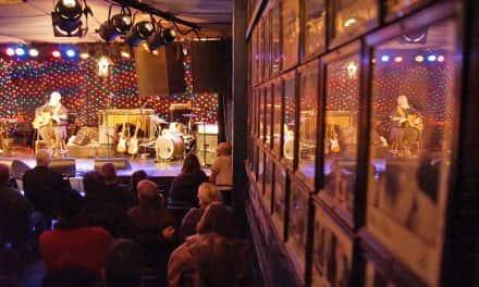 Photo Essay: Milwaukee musicians honor Leonard Cohen