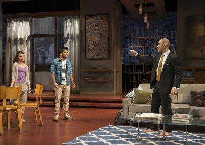 play_disgraced_03
