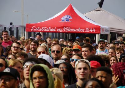 051317_pabststreetparty_1988