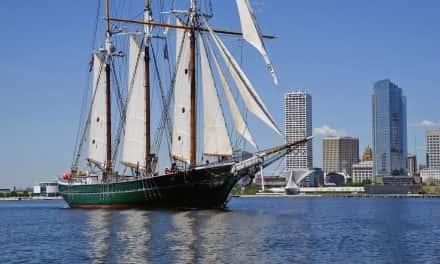 Denis Sullivan makes long voyage across Milwaukee's freshwater sea