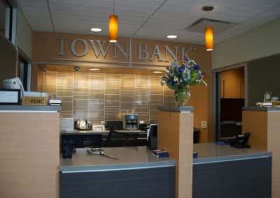 080717_townbank_060