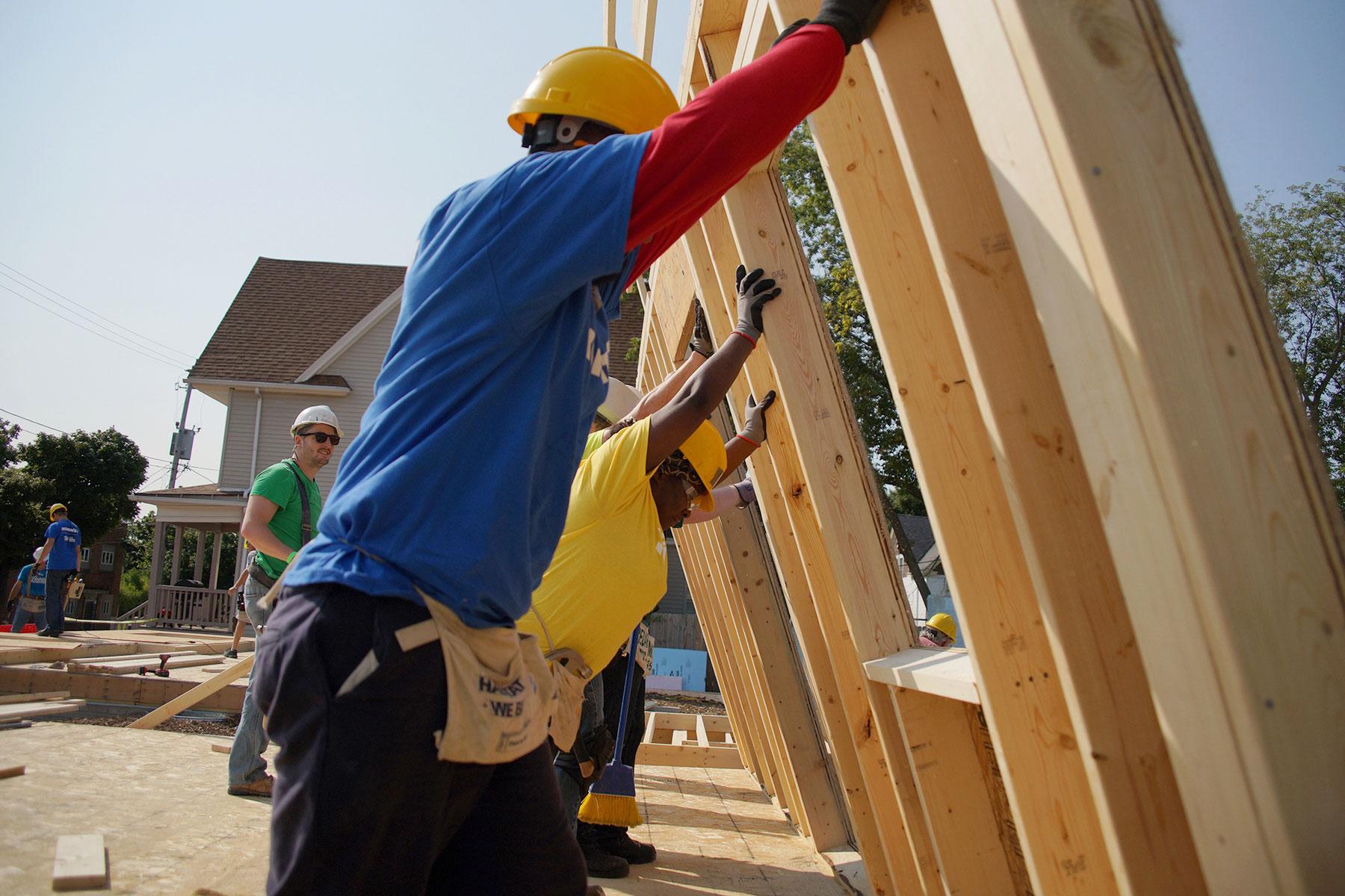 091117_habitatbuild_389
