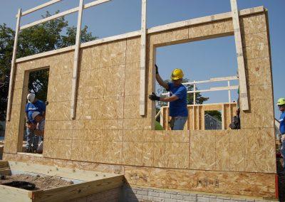 091117_habitatbuild_557