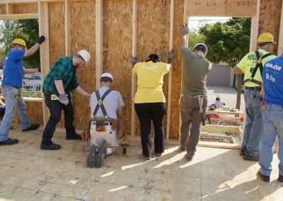 091117_habitatbuild_569