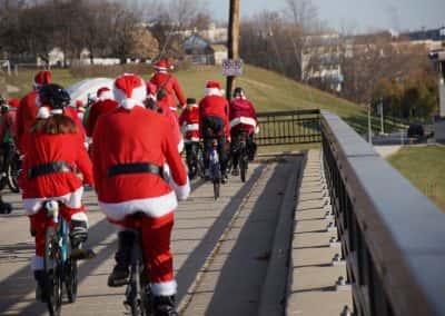 120217_santacyclegingerbread_0156