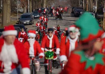 120217_santacyclegingerbread_0180