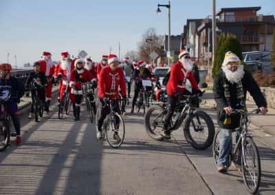 120217_santacyclegingerbread_0260