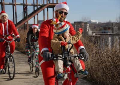 120217_santacyclegingerbread_0466