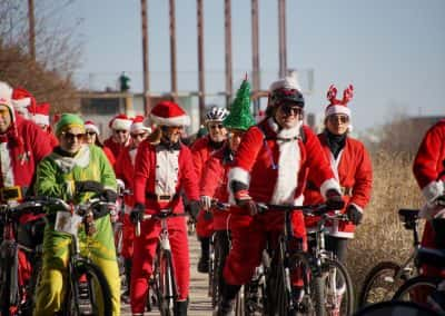 120217_santacyclegingerbread_0611