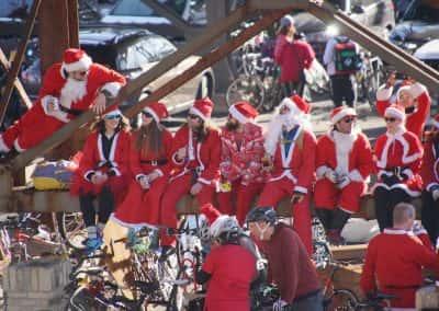 120217_santacyclegingerbread_0812