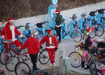 120217_santacyclegingerbread_1148