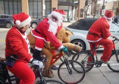120217_santacyclegingerbread_1189