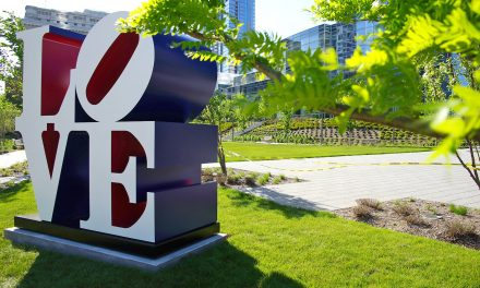 Milwaukee Art Museum to host public unveiling of Robert Indiana's The American LOVE Sculpture