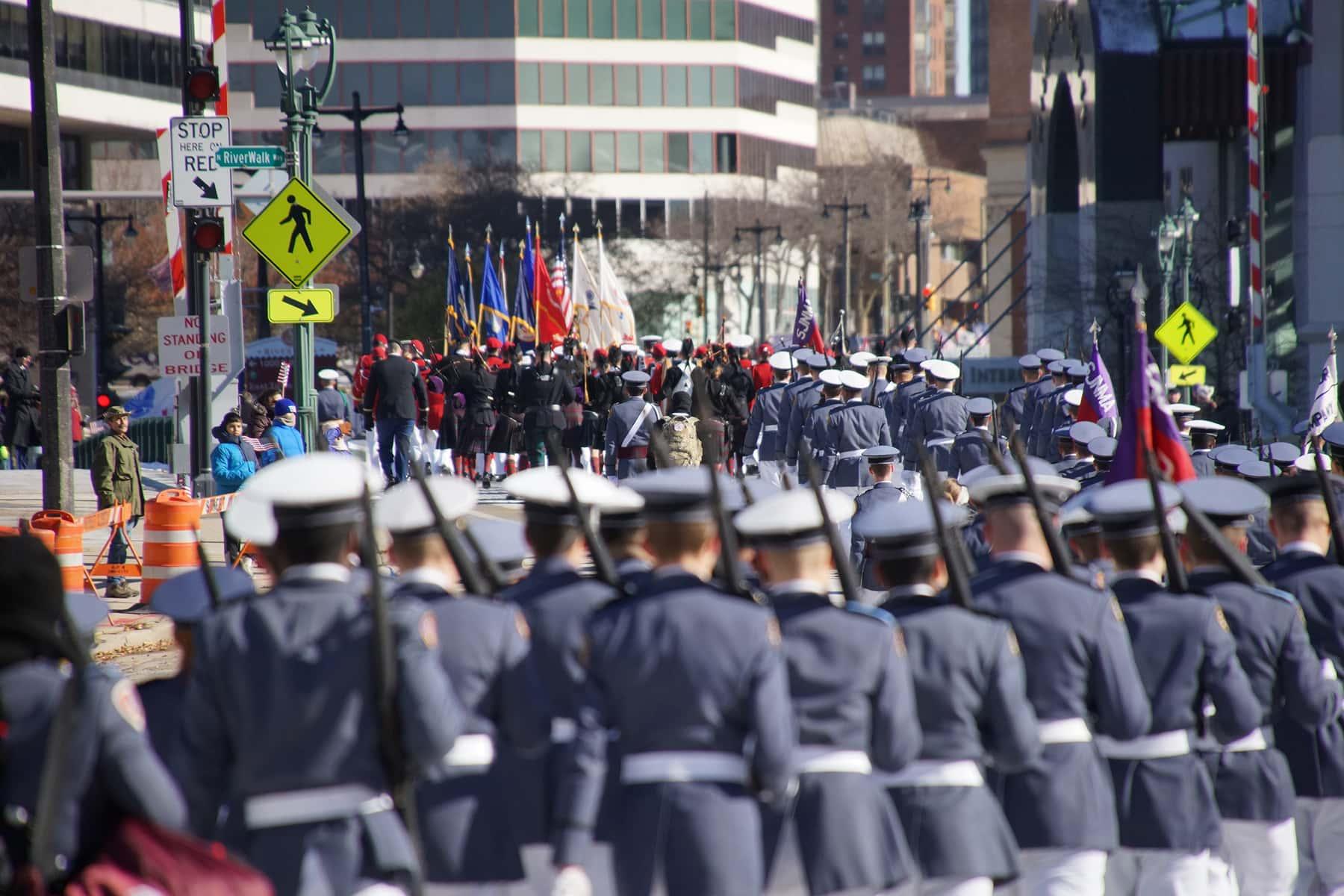 01_111018_veteransdayparade_1078
