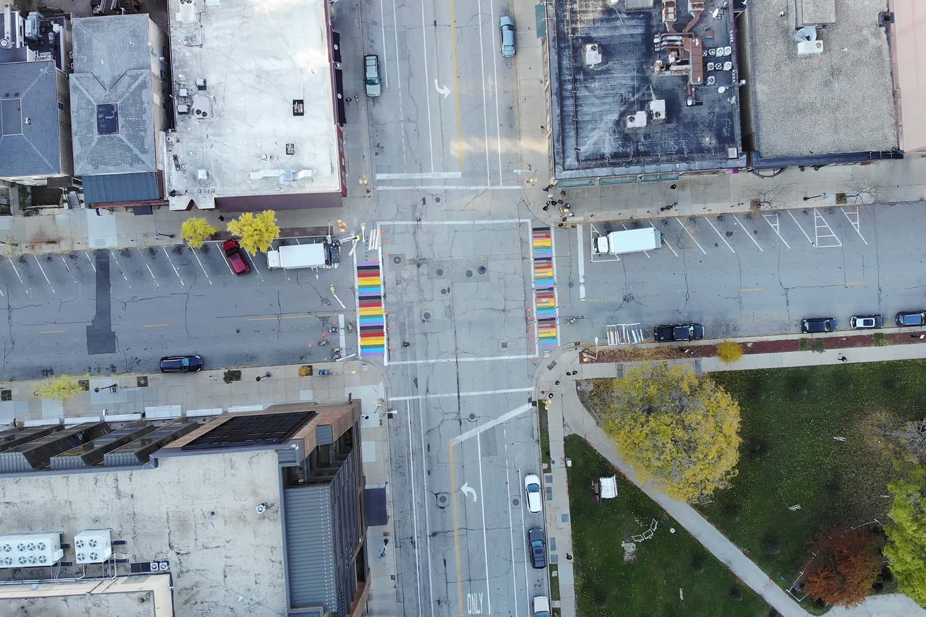 03_110318_rainbowcrosswalk_dronephoto_032