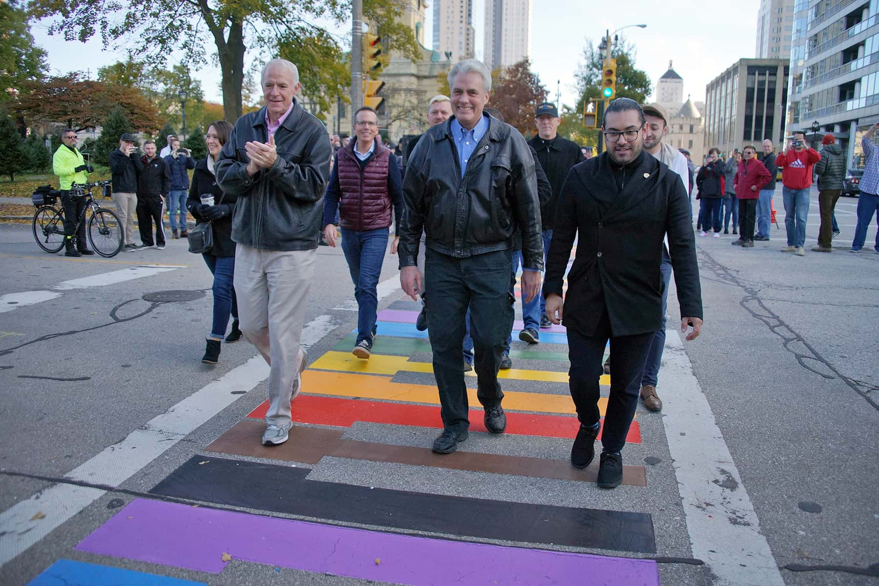05_110318_rainbowcrosswalk_655