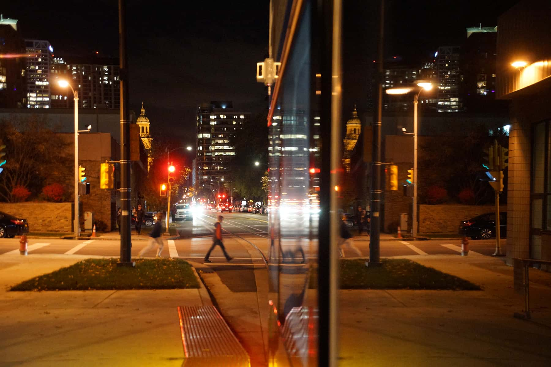 110218_streetcarstartsnight_677