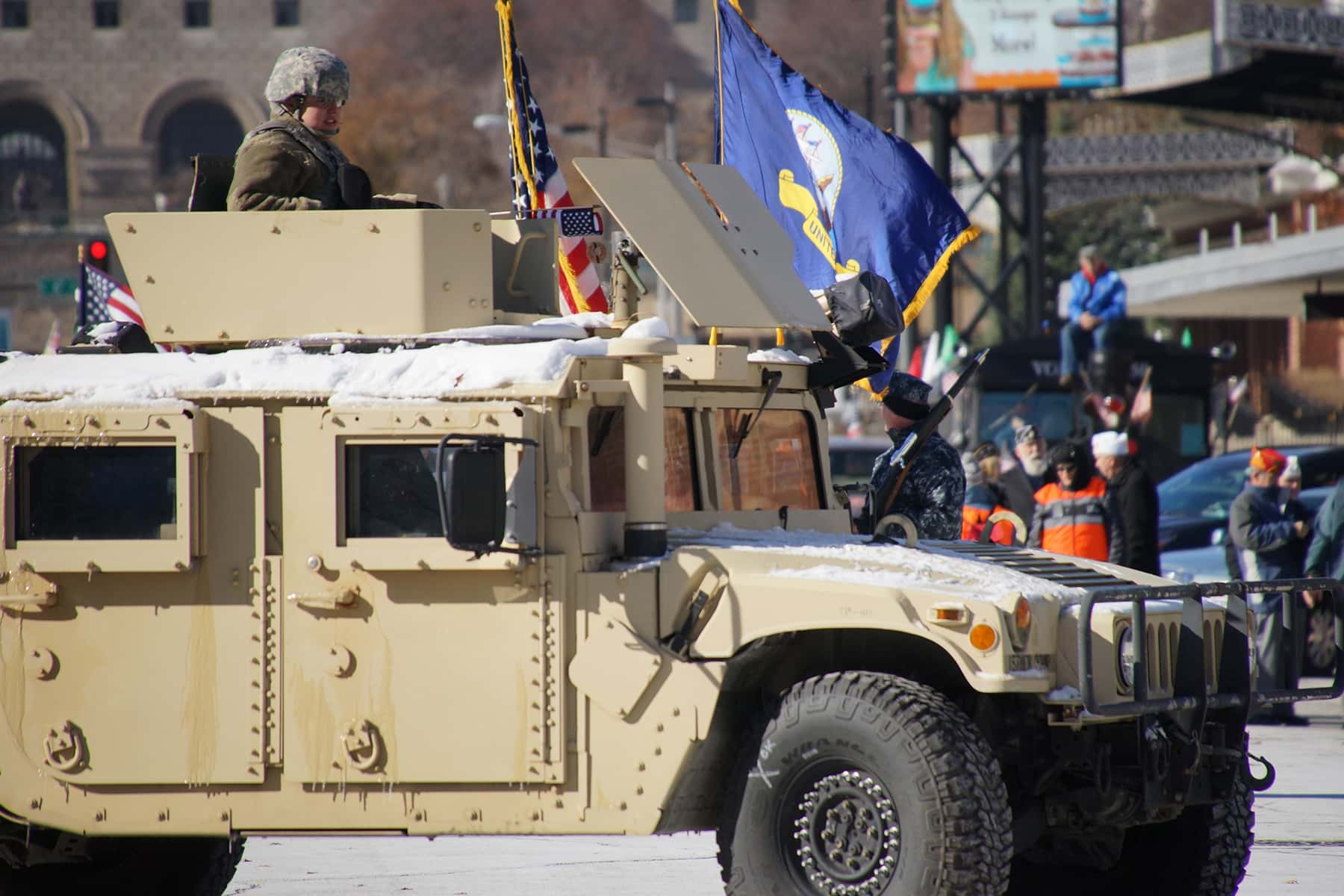 111018_veteransdayparade_0719