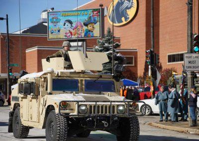 111018_veteransdayparade_0725