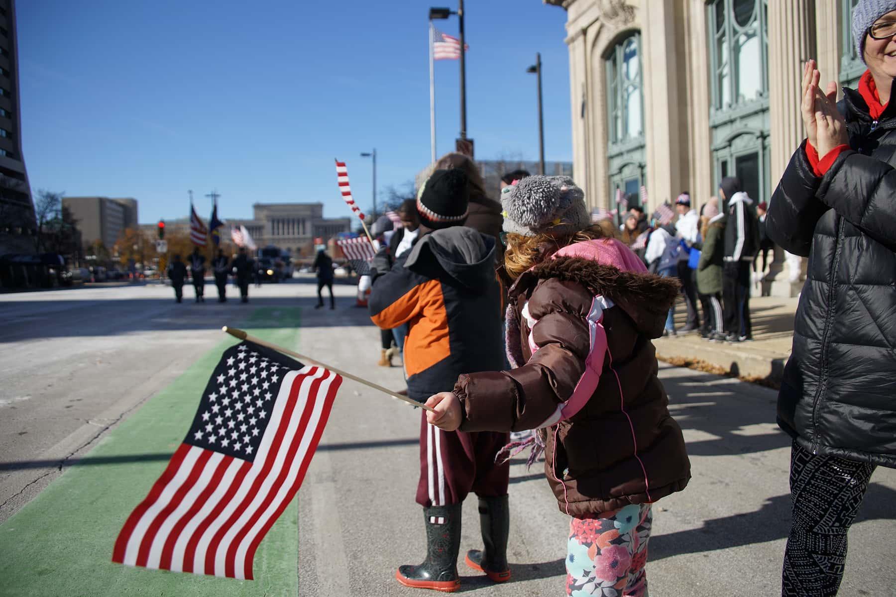 111018_veteransdayparade_0922