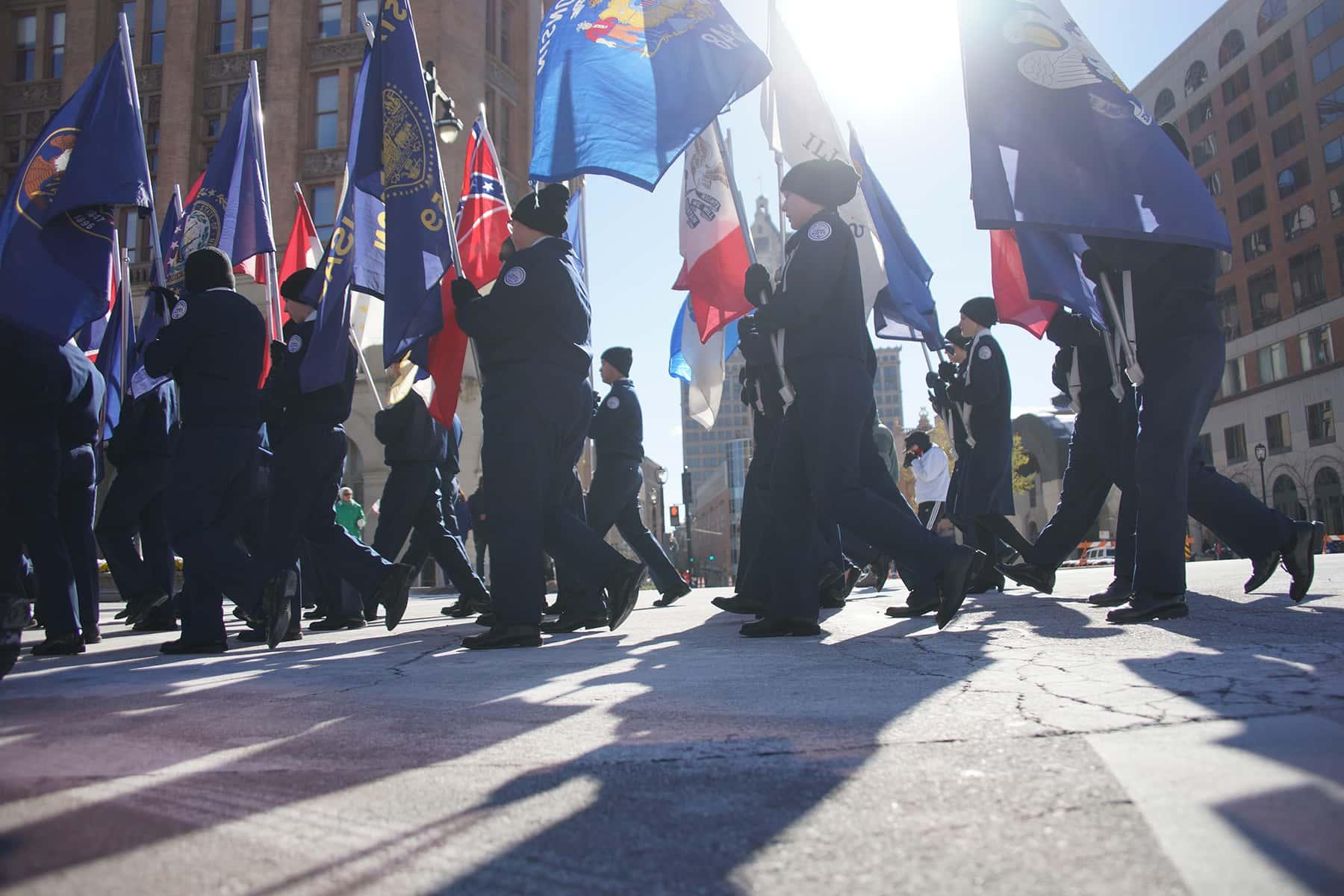 111018_veteransdayparade_1336