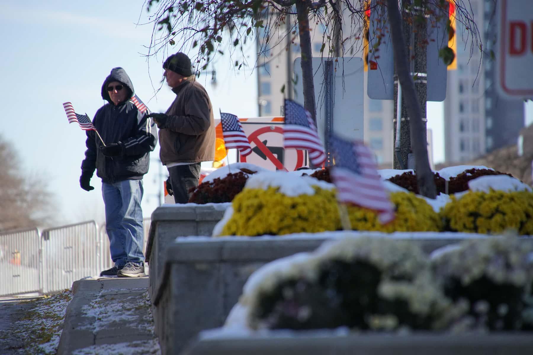 111018_veteransdayparade_1359
