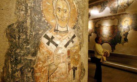 Getting to the bones of Santa's authenticity at the Basilica di San Nicola