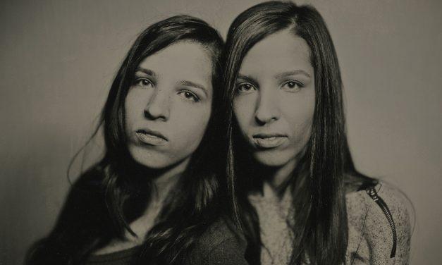 Twins and Tintype: Millennials trade selfies for Civil War era imagery