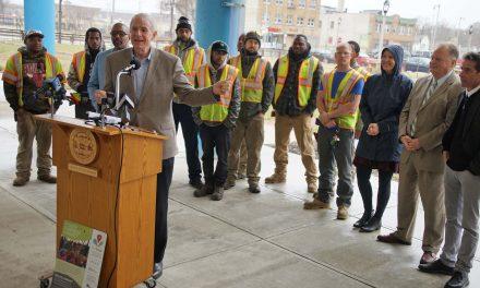 "Lindsay Heights honored as Milwaukee's first ""Eco-Neighborhood"" tour designation"
