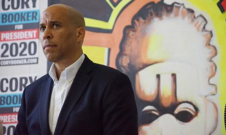 """Cory Booker discusses our """"humanity on the sidewalk"""" at Milwaukee roundtable on gun violence"""