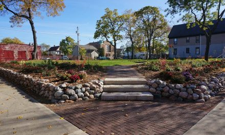 City's first Eco Tour destination showcases green transformation of Lindsay Heights neighborhood
