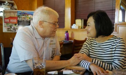 Napalm Girl: Vietnam veterans embrace Kim Phúc and her message of love during Milwaukee visit