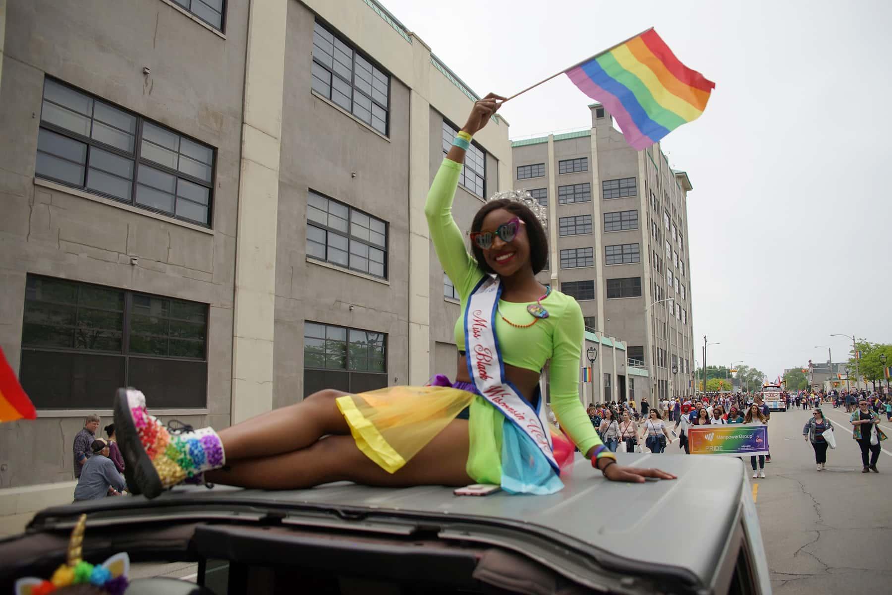 060919_pride2019parade_1700