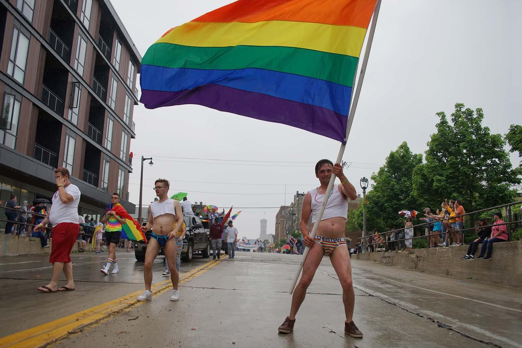 060919_pride2019parade_3824