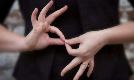Wisconsin's deaf community to gain expanded protection when sign language bill becomes law