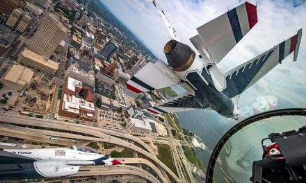 Wisconsin native performs aerobatic maneuvers in F-16 above Milwaukee skyline with Thunderbirds team