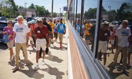 Bronzeville community joins Mayor's 100 day walking challenge for a healthier neighborhood