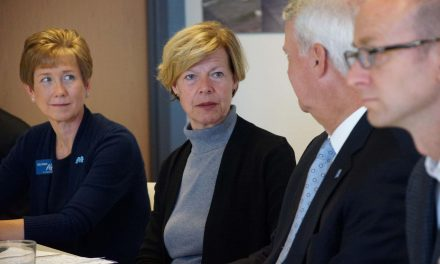 Milwaukee's Water Council hosts roundtable with Senator Tammy Baldwin in support of water technologies
