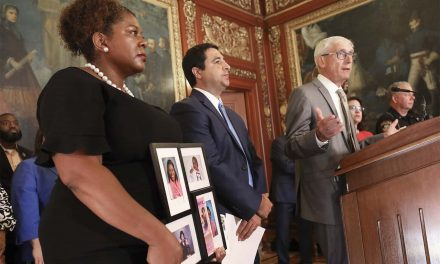 Wisconsin proposes law to implement background checks on gun purchases but faces opposition