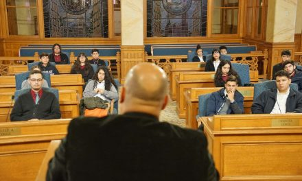 Students in Latino leadership program spend day with city leaders learning about careers in public service