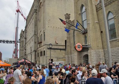 2017_051317_pabststreetparty_0802