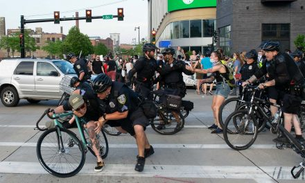 """Jack Davidson: An open letter to Milwaukee law enforcement on the """"kettling"""" of peaceful protesters"""